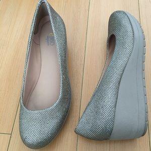 Easyspirit e360 women US SZ 8 sparkly wedge heel